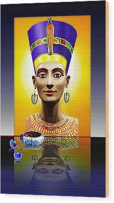 Nefertiti  The  Beautiful Wood Print