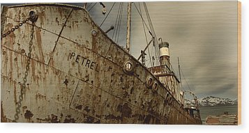 Neglected Whaling Boat Wood Print by Amanda Stadther