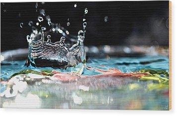 Neptune's Crown Wood Print by Lisa Knechtel