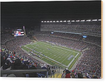 New England Patriots And Tom Brady Wood Print by Juergen Roth