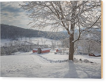 New England Winter Farms Morning Wood Print by Bill Wakeley