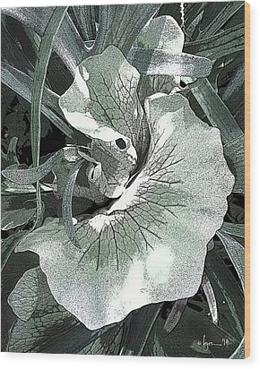 New Growth On The Staghorn Wood Print by Angela Treat Lyon
