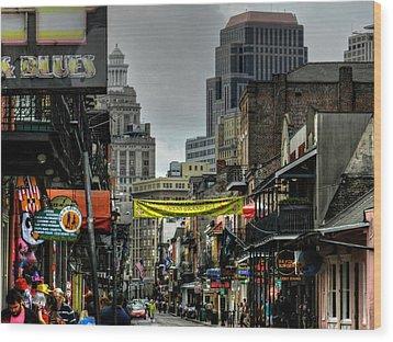 New Orleans - Bourbon Street 008 Wood Print by Lance Vaughn