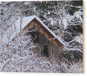 New Snow Old Barn Wood Print by Will Boutin Photos