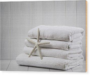 New White Towels Wood Print by Amanda Elwell
