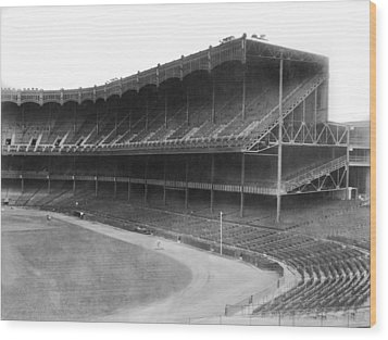 New Yankee Stadium Wood Print by Underwood Archives