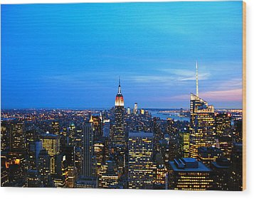 New York By Night Wood Print by Eric Dewar