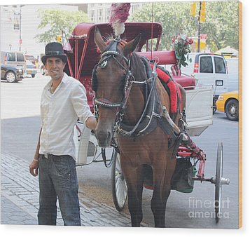 New York City Horse And Carriage Wood Print by John Telfer