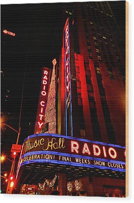 New York City - Radio City Music Hall 001 Wood Print by Lance Vaughn