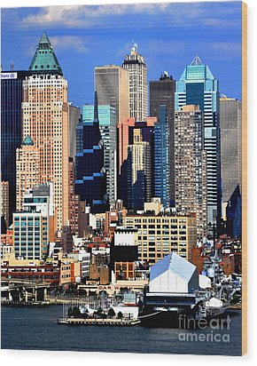 New York City Skyline With One World Wide Plaza Wood Print