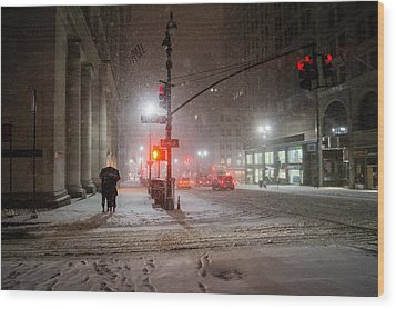 New York City Winter - Romance In The Snow Wood Print by Vivienne Gucwa