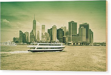 New York Metropolitan Wood Print