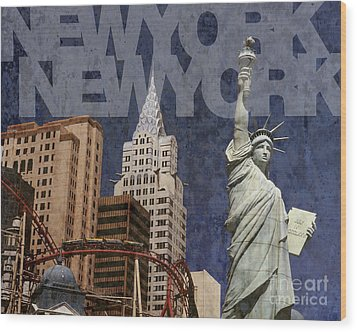 New York New York Las Vegas Wood Print