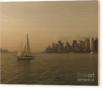 New York Sailing Wood Print by Avis  Noelle