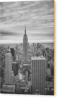 Black And White Photo Of New York Skyline Wood Print by Dave Beckerman