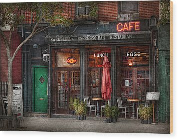 New York - Store - Greenwich Village - Sweet Life Cafe Wood Print by Mike Savad