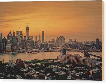 New York Sunset - Skylines Of Manhattan And Brooklyn Wood Print by Vivienne Gucwa