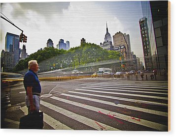 New York - Waiting... Wood Print by Amador Esquiu Marques
