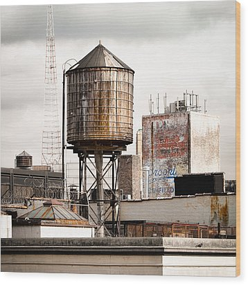 New York Water Tower 16 Wood Print