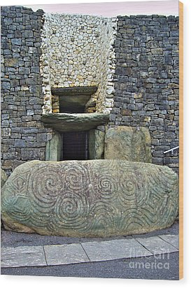Newgrange Entrance Wood Print