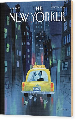 Newlywed Couple In A Taxi Wood Print by Lou Romano
