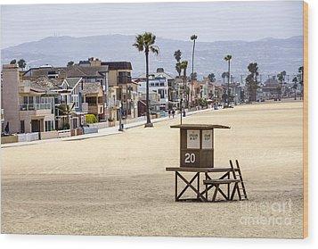Newport Beach Waterfront Luxury Homes Wood Print by Paul Velgos