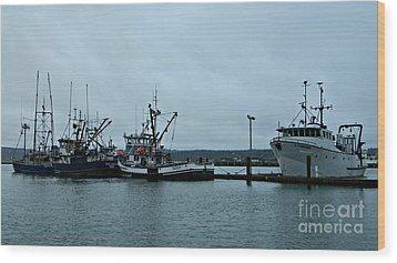 Newport Fishing Boats Wood Print