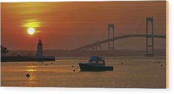 Newport Sunset Wood Print by Lou Ford