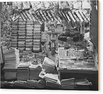 Wood Print featuring the photograph Newsstand And Vendor by Dave Beckerman