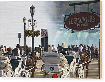 Niagara Falls Carriage Ride Wood Print