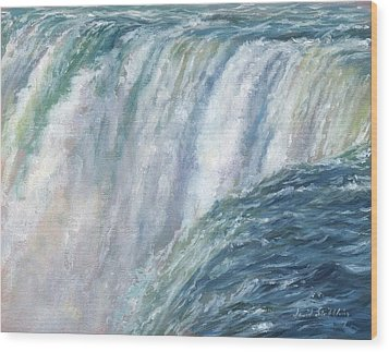 Niagara Falls Wood Print by David Stribbling