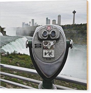 Niagara Vigil Wood Print by Richard Reeve