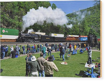 Nickel Plate Berkshire At Horseshoe Curve Wood Print by Matthew Chapman