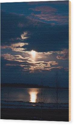 Night Time Reflection Wood Print by Rhonda Humphreys