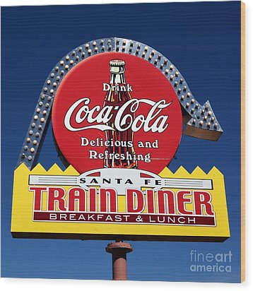 No Dinner At The Diner Wood Print by Mel Steinhauer