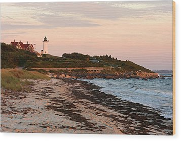 Nobska Lighthouse Wood Print by Gail Maloney