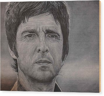 Noel Gallagher Wood Print by David Dunne