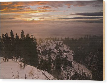 Norge Wood Print by Aaron Bedell