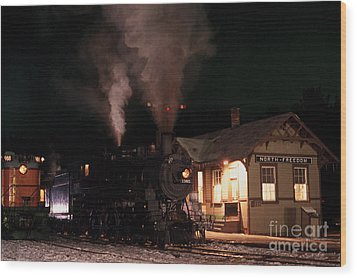North Freedom Wisconsin Steam Train Wood Print by Clare VanderVeen