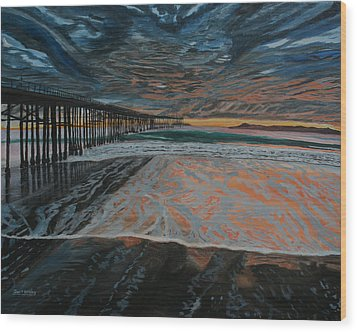 North Side Of The Ventura Pier Wood Print by Ian Donley