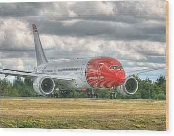 Norwegian 787 Wood Print