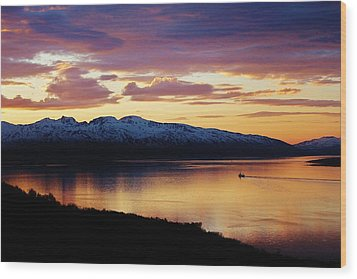 Norwegian Fjordland Sunset Wood Print by David Broome