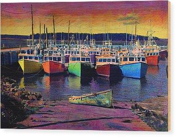 Novi Boats Wood Print