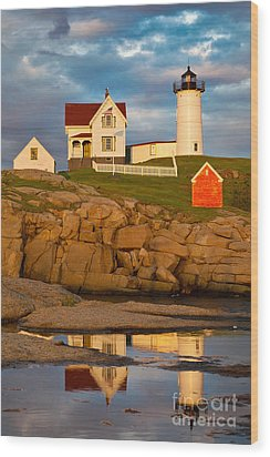 Wood Print featuring the photograph Nubble Lighthouse No 1 by Jerry Fornarotto