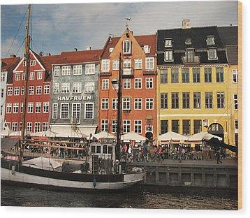 Nyhavn Wood Print