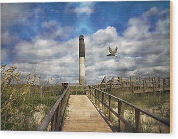 Oak Island Lighthouse Wood Print by Betsy Knapp