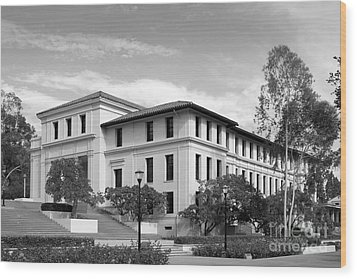 Occidental College Fowler Hall Wood Print by University Icons