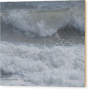 Wood Print featuring the photograph Ocean At Kill Devil Hills by Cathy Lindsey