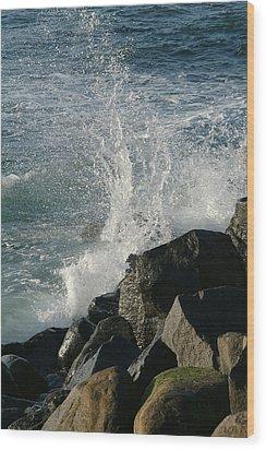 Ocean Beach Splash 2 Wood Print