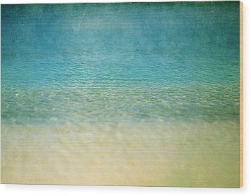 Wood Print featuring the photograph Ocean Blue by Heather Green